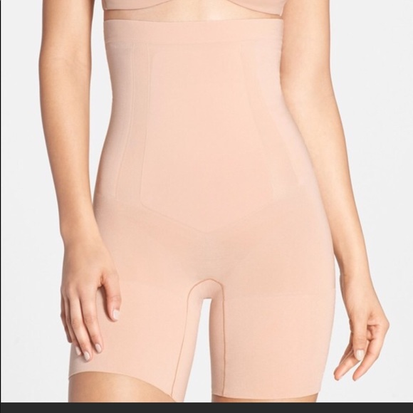 baf336694f860 SPANX OnCore high waisted mid thigh body shaper
